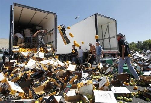 Resultat d'imatges de franceses volcan camiones españoles