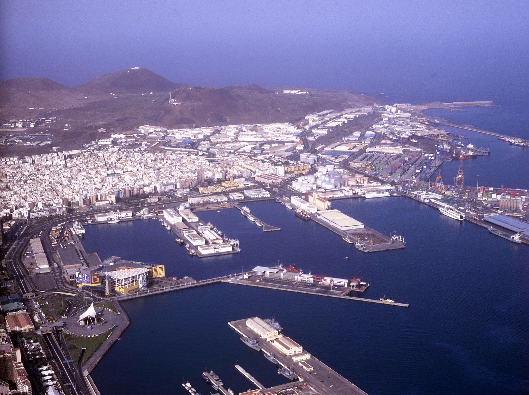 Rechazo En El Puerto De Las Palmas A La Tasa De Actividad