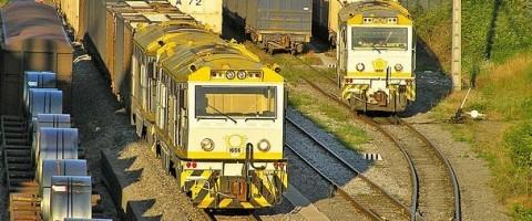 Ana Pastor analiza con las autoridades locales la situación del transporte ferroviario en Cantabria
