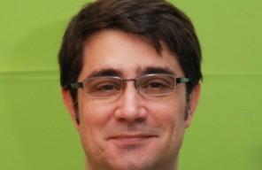... con dos nuevos directores, Benjamin Ruiz-Larrea Le Guerinel será el nuevo director corporativo financiero para España y Portugal y Rafael Pérez Ruiz ... - Benjamin-Ruiz-Larrea-Le-Guerinel-Director-financiero-e1365422264442-296x192