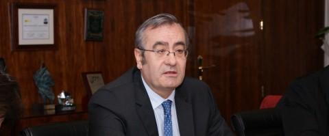 José Llorca presidente de Puertos del Estado analiza lo que ha sido el 2013 en el sector portuario español.