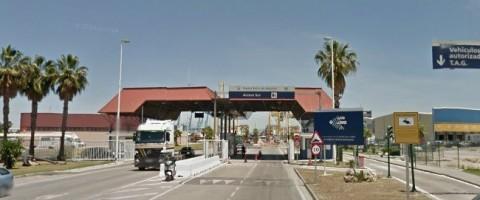 acceso a la terminal de Isla Verde del puerto de Algeciras