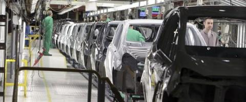 Los precios de exportacion industrial acumulan 18 meses de caidas