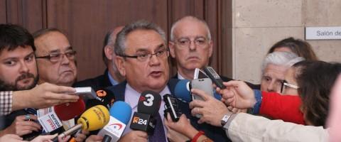 El CNTC espera a tener el compromiso por escrito de Hacienda para desconvocar el paro del dia 17