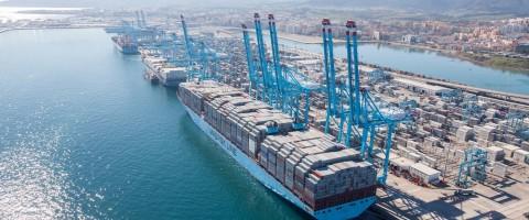 144 TEUs mas para el record mundial de carga de Maersk