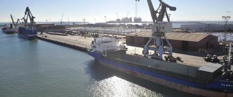 Terminal de Noatum en el puerto de Sagunto