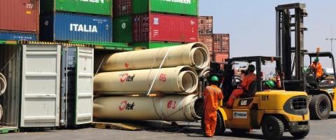 Trabajos de estiba de carga en contenedores