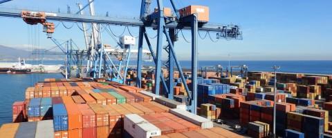 El puerto de Castellón registra un aumento del 18% en el tráfico de contenedores