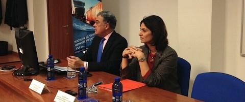 Fátima Zayed analiza el tráfico ro-ro del puerto de Valencia en una jornada de SPC Spain