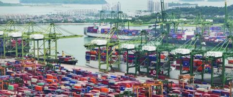 puerto de Singapur en Asia