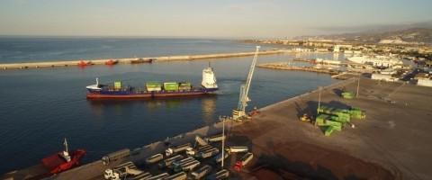 El tráfico de mercancías en el puerto de Motril crece un 11,5%
