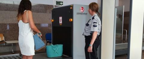 Nuevos escáneres para la inspección de equipajes en Algeciras y Tarifa