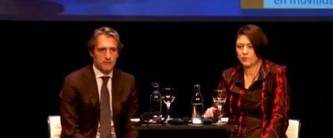 La comisaria europea de Transporte, Violeta Bulc, y el ministro de Fomento, Íñigo de la Serna, en el Circulo de Bellas Artes de Madrid.