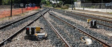 infraestructura-ferroviaria-via-ferrocarril-adif