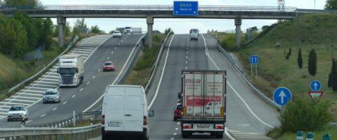 Resultado de imagen de Restricciones de circulación hasta el 19 de febrero para camiones de más de 7.500 kg