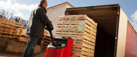 Resultado de imagen de Fuerte ascenso en los contratos laborales gestionados por ETTs en logística y transporte