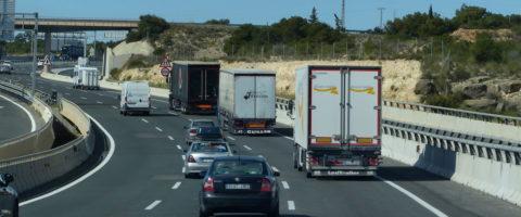 carretera en curva A7 Murcia Alicante frigo lonas