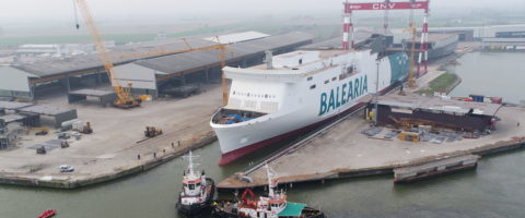 Ferry Hypatia de Alejandria de Balearia a GNL