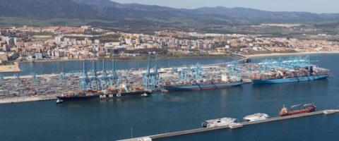 terminal APM Algeciras con Maersk y MSC portacontenedores
