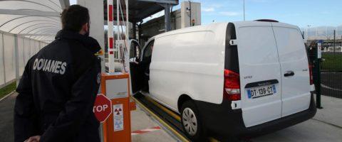 aduana furgoneta Mercedes Vito