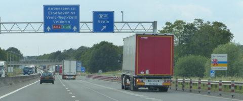 En los Países Bajos, en situaciones de condiciones meteorológicas adversas, el tráfico por carretera de mercancías peligrosas está restringido.