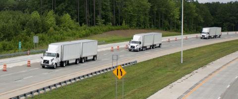 El fabricante actualizará sus mapas en tiempo real utilizando los datos de las cámaras de los vehículos.