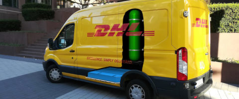 panelvan-DHL-con-pila-de-hidrogeno