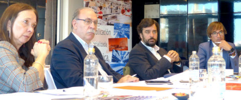 mesa-redonda-digitalizacion-oct-19-4