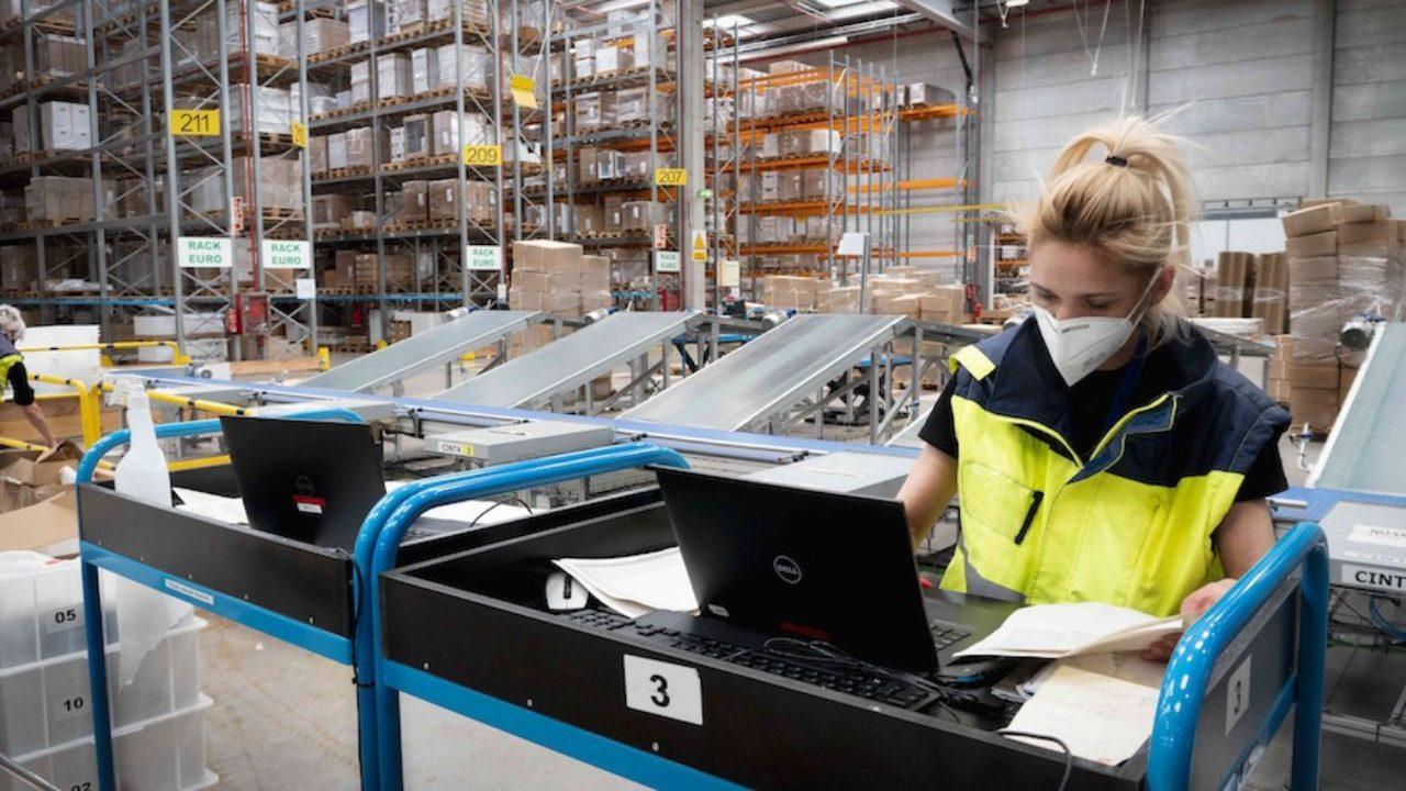 Resultado de imagen de Se recortan las subidas salariales registradas en los nuevos convenios colectivos de logística y transporte