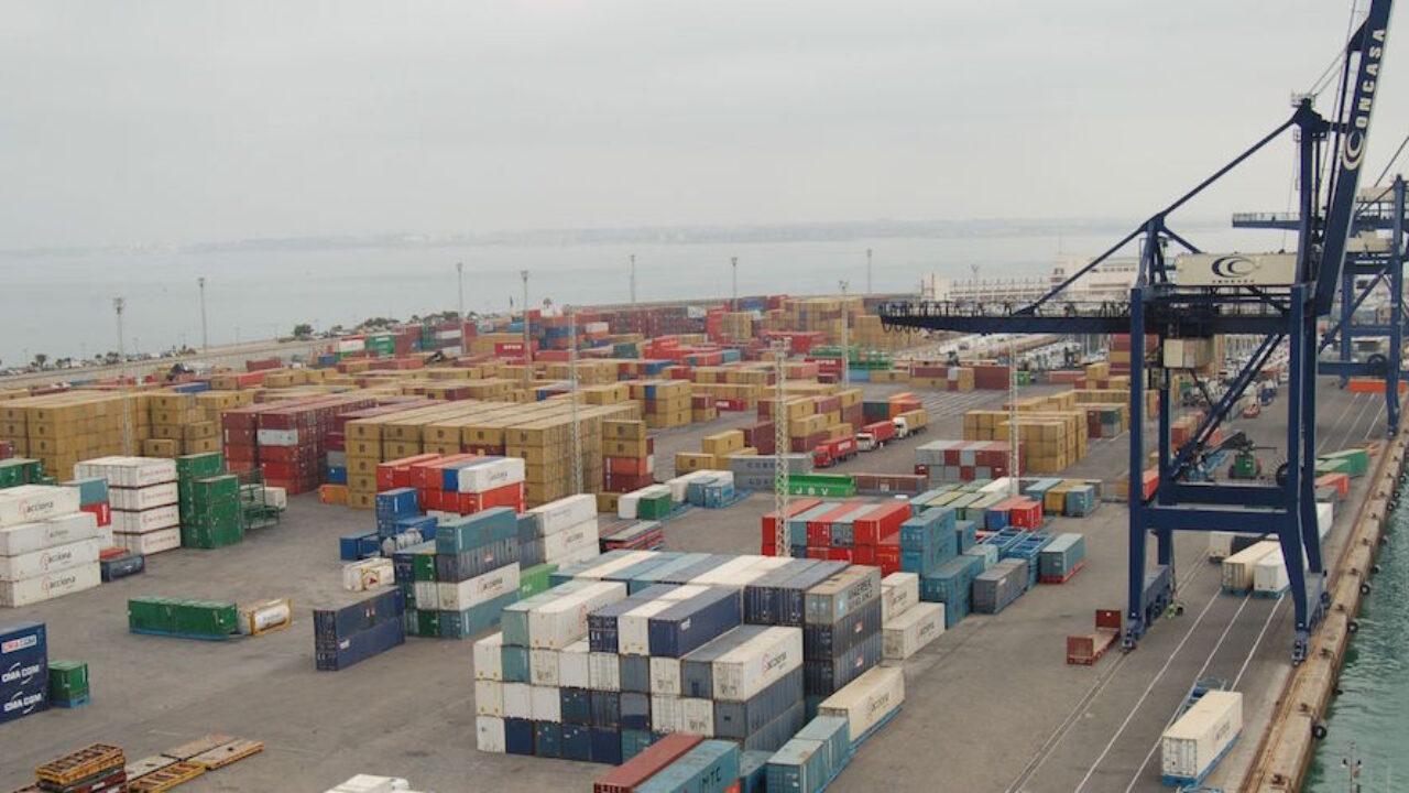 El puerto de Cádiz registra el mayor crecimiento en tráfico de contenedores  en 2020