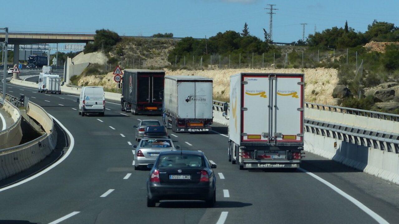 Nuevas tablas salariales en el convenio de transporte de Alicante - Cadena  de Suministro