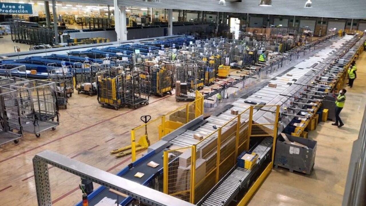 Correos alcanza un pico máximo de 2,2 millones de envíos - Cadena de  Suministro