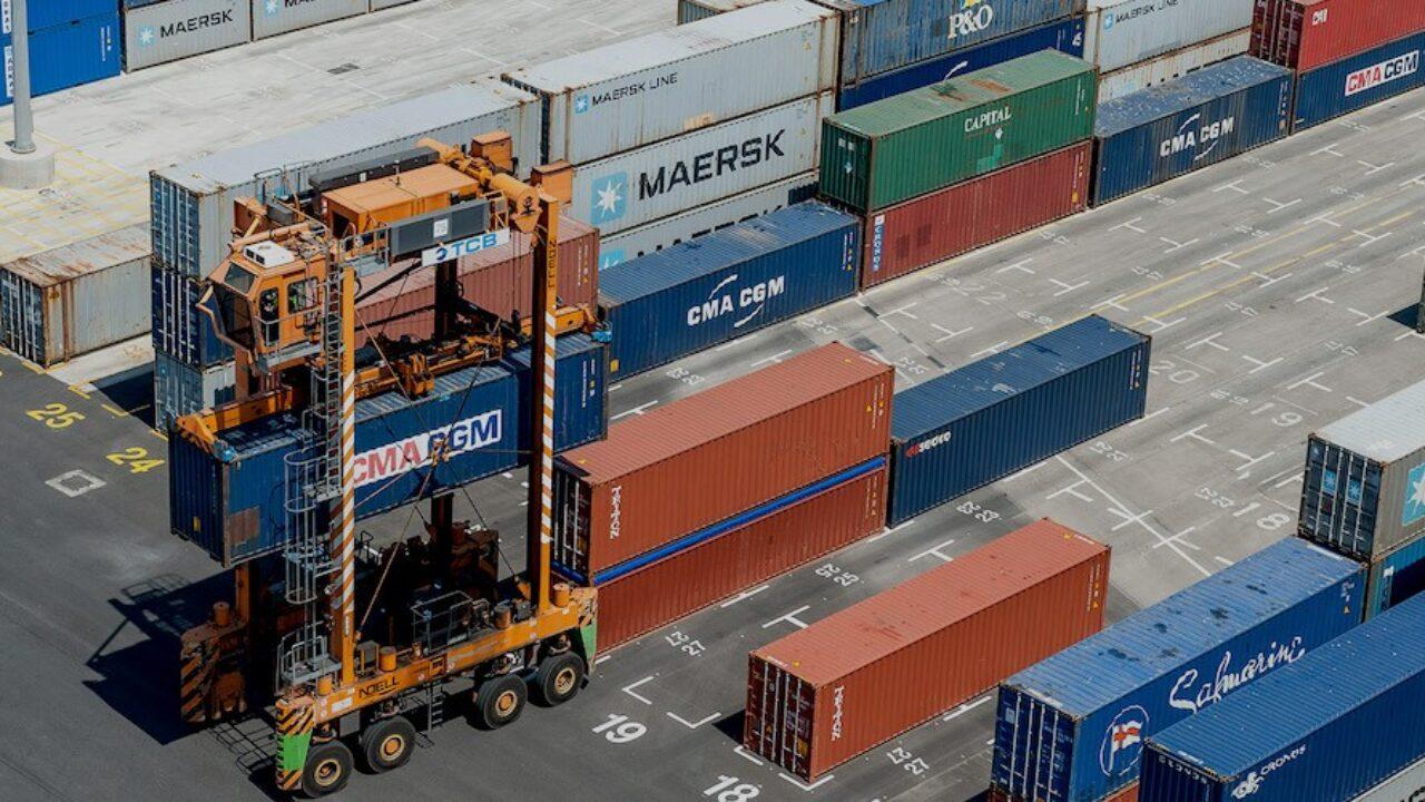 5G para impulsar el movimiento de contenedores en la terminal de APM en  Barcelona - Cadena de Suministro